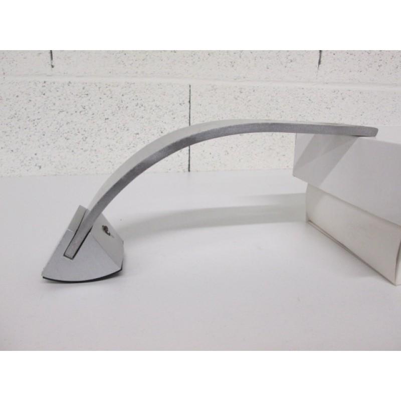 Pied métal en forme de courbe pour canapé et fauteuil
