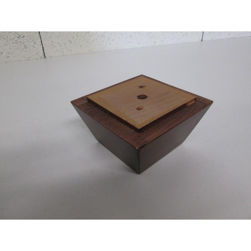 Pied bois forme trapèze; couleur noisette, pour canapé et fauteuil