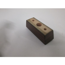 Pied bois forme Rectangle - L:130mm  l:45mm  H:50mm