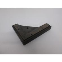 Pied bois côté gauche forme L - L:200mm  l:150mm  H:30mm